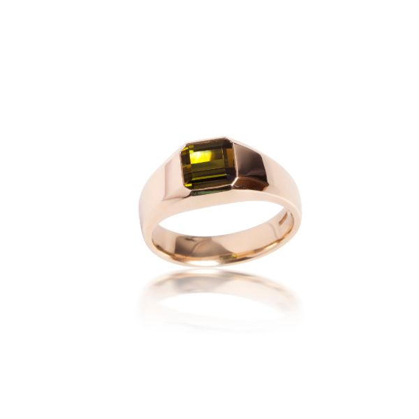 Yellow Gold Green Tourmaline Signet Ring