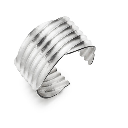 Justin Richardson Sterling Silver Wide Concaved Ridged Bangle